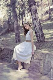 Tea Length Boho Wedding Dresses Lace A Line Chamapange Ribbon Elegant Greece Style Vestidos de Novia Fantasy Bridal Gowns 2016