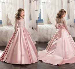 2018 New Pink Long Sleeves Flower Girls Dresses For Wedding With Bow Knot Delicate Beaded Sequins Ball Gown Floor Length Girls Formal Wears