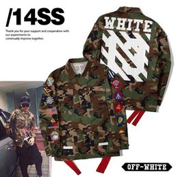 Wholesale best quaity winter rare newest hip hop OFF white stripe print men windbreaker camo pocket embroidery badge JACKET coats