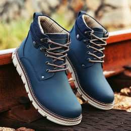 Wholesale Top quality Men Tooling boots Scrub split leather top flat rubber sole cost prices to sell you buy I gurantee