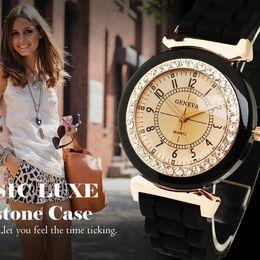 Hot New Women's Lady Girl Rhinestone Crystal Silicone Rubber Strap Band Analog Quartz Wrist Watch Smart