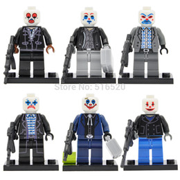 Wholesale DC Super Heroes Bandit Gangs Joker Minifigures Building Blocks Superhero Sets Models Figures Bricks Toys For Children