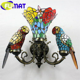 Wholesale Baroque Art Color Glass Parrot Wall Lamp Bedroom Bedside Vintage Wall Lamp Tiffany Lamp Parrots Dia35cm