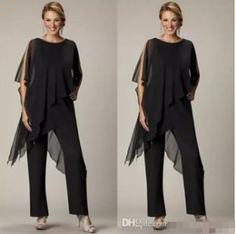 2018 Newest Mother of the Bride Pant Suits Black Chiffon Bateau Neck Asymmetrical Wrap Style Modest Mother's Suit for Weddings Custom Made