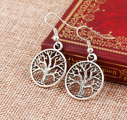 Wholesale 2016 Fashion women Drop Earrings Silver Fish Ear Hook Chandelier Earring Antique Silver Tree Of Life Dangle Earrings
