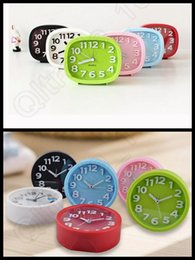 Wholesale 300PCS Creative Modern Mute Plastic Desk Table Bed Alarm Clock Candy Colors Square Round Clock LLA173