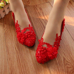 The big red shoes with low Bridesmaid Wedding Shoes flat shoes pictures show soft bottom shoe lace pearl Korean female photo