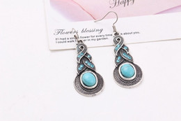 Wholesale Europe and the United States fashionable eardrop temperament of restoring ancient ways punk sapphire earrings crystal stone earring allergy