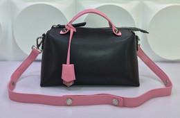 Femmes FD2356 MINI BY THE WAY Sac Boston, sacs à main en cuir véritable, goujons en métal, charme et bandoulière amovible, double poignées, livraison gratuite cheap beige boston bags à partir de beige boston sacs fournisseurs