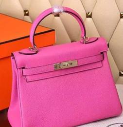Genuine Leather Women Messenger Bag One Shoulder Handbag Lock Vintage Bag