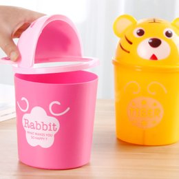 Wholesale Mini creative fashion desktop trash Lovely clamshell dustbin Cartoon animal storage barrel B Capacity L Shell material plast