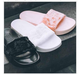 Wholesale Cheapest Leather Slippers - [With Box] Free shipping 2016 Cheap New RIHANNA LEADCAT FENTY WOMEN SLIPPERS Girls Fashion Indoor Slide Sandals Scuffs Grey Pink Black White