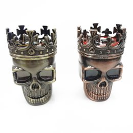 Wholesale 100pcs Herb Tobacco Grinder Tobacco Grinders Ancient Copper Color Hand Crusher King Skull Cigarette Tobacco Crushers Smoking Tools ZA0540