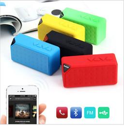 Boîte de haut-parleur de radio en Ligne-Mini Bluetooth Speaker X3 TF USB FM Radio portable sans fil Musique Sound Box Subwoofer Haut-parleurs avec micro pour iOS Android