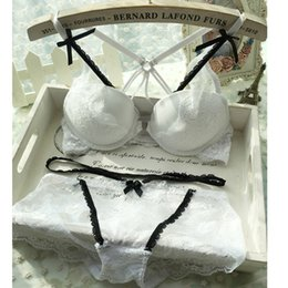 Wholesale Front button young girl cross beautiful female underwear set sexy deep V neck lace push up womens lace bra set lingerie
