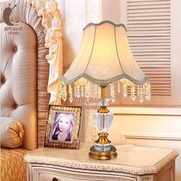 Mesa moderna habitación lámparas en venta-E27 * 40W lámpara de cristal Contemporáneo y contratado CRYSTAL LÁMPARA DE MESA para el dormitorio
