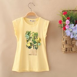 Wholesale The new girl s short sleeve cotton T shirt Four color Soft breathable fabrics The plant design Flower adornment Hang act the role ofing