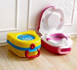 Wholesale 2 color LJJK314 Baby Toddle travel portable carry plastic potty training Children Portable carry travel potty training toilet seat