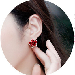 2016 autumn new Korean Sexy earrings fashion rose rhinestone rhinestone atmospheric Fan small jewelry boutiques wholesale E230