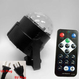 Mini lumières de vacances à vendre-Mini Magic Ball Stage Lights 3W effet Rotating Effect Bar Disco DJ Party Magic Ball Lampe AC110V220V éclairage de vacances socket US EU AUS