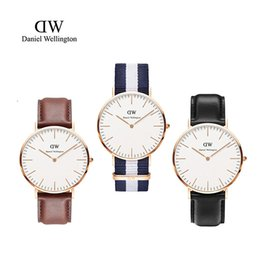 Wholesale 2016 Luxury Mens Brand Watches Casual Watches DW Imported Quartz Movement Genuine Leather Calendar High Quality Strap Drees Watches