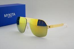 Promotion meilleures lunettes de soleil gros Livraison en gros sans meilleure qualité en acier inoxydable MYKITA Franz avec des lunettes de soleil de style lunettes de soleil femmes et les hommes de mer plage de la marque vs cas