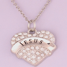 New Arrival Hot Selling rhodium plated zinc studded with sparkling crystals JESUS heart pendant link chain necklace