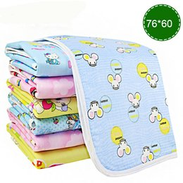 Wholesale Baby Changing Table Mat Newborn Breathable Flannel Infant Baby Diaper Urine Pad TPU Waterproof Baby Changing Pad Diaper cm