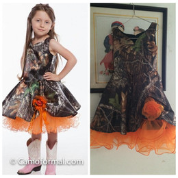 Wholesale Real Photos A Line Camo Flower Girls Dresses Handmade Flowers Adorned Camouflage Formal Kids Children Wear Tea Length Cheap