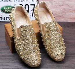 Wholesale Brand Designer Fashion Men Loafers Flats Glittering tudded Rivet Spike Mens dress Shoes Slip On Sapato Feminino Men Shoes