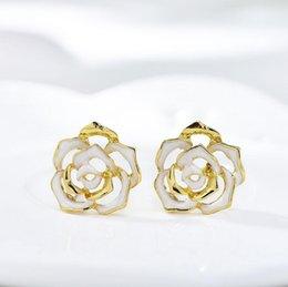 Nueva Europa y los Estados Unidos vender oro plateado Bueno Rose Pendientes de anti,alérgica joyería Stud Mujeres Moda