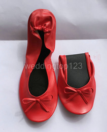 Wholesale fast supplier big size cheap foldable shoes for travel wedding and night club