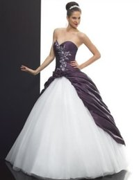 2019 New Classic White and Purple Wedding Dresses Ball Gown Sweetheart Appliques Taffeta Tulle Bridal Gowns Lace up Back Custom Made