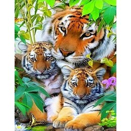 Happy Tiger Family Diamond Embroidery New 100% full square drill diamond mosaic painting Home Decoration 35x45cm HWB-686