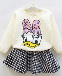 Promotion manteau pull à manches 2016 Autumn Micky Baby Girl Set Vêtements Bow Mignon Enfants Costume Manteau 2PCS long chandail à manches + Jupe en cuir douce princesse Twinset