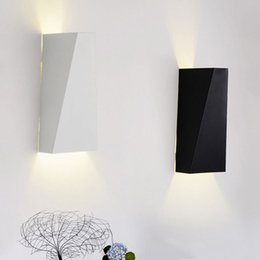 Wholesale 10W LED Modern Wall Light Up Down Wall Lamp Square Spot Light Sconce Lighting with Acrylic lampshade indoor wall light