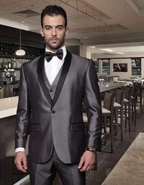 2016 New Arrival Grey Wedding Groom Tuxedos mens suits Cheap Jacket+Pants+Tie+Vest mens tuxedos Groom Suits Best men suits Wedding Tuxedos
