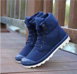 2017 hombres zapatos nuevos estilos Hombres nuevos remaches Palladium Estilo Moda Alto-top Militar cargadores del tobillo cómodo zapato de cuero botas de Martin zapatos de los hombres presupuesto hombres zapatos nuevos estilos