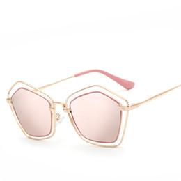 2017 espejo de cristal clásico 2017 Forme a marco del metal las gafas de sol únicas de la geometría de las mujeres clásicas de la marca de fábrica diseñador de los vidrios de sol de la alta calidad que cubren el espejo barato espejo de cristal clásico