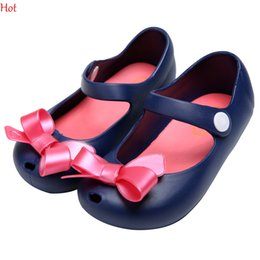 Wholesale Child Girl Summer Bow Shoes - 13-16cm Summer Mini Melissa Shoes Bow Knot Princess Jelly Kids Sandals Children Beach Rain Boot Shoes Cute Girl Sandals Sapato Hot SV029851