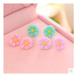 Stud Earrings Ear Stud Jewelry Simple Earing Korean Fresh Simple Daisy Flower Ear Ring Eardrop Ear accessories