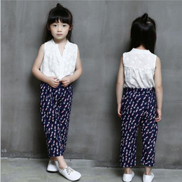 2016 Children fashion Set 2pcs set Kids Suit Outfits baby girls sleeveless white vest tops T shirts+Kids print shorts pants Children sets