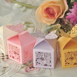 Butterfly Laser Cut Hollow Carriage Baby Shower Wedding Favors Boxes Gifts Candy Boxes Favor Holders With Ribbon Wedding Party Favor