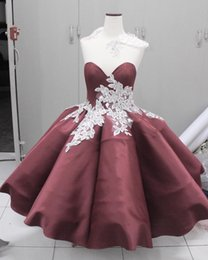 Burgundy Appliques Homecoming Dresses Cheap Sweetheart Neckline Mini Dress A-Line Knee Length Short Prom Dress For Juniors
