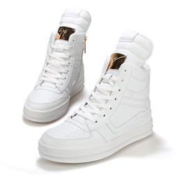 2017 altos tops hombres 45 2016 Zapatos ocasionales del alto-top del cuero de Hip Hop de los zapatos ocasionales de los hombres de la manera del resorte Zapatos negros blancos del zapato de los zapatos Zapatos del hombe TAMAÑO: 39-45 presupuesto altos tops hombres 45