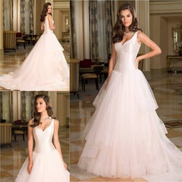 Vestidos de Novia Wedding Dresses V neck tiered A Line Tulle taffate and tulle Spring Vintage Simple Bridal gowns