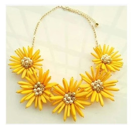 2016 New Fashion Yellow Pink Sunflower Necklace Bib Statement Necklace Vintage Sweater Chain necklaces For Woman Christmas gift