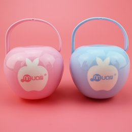 Wholesale maternal and child supplies baby nipple or pacifier boxes to keep nipple or pacifier clear and the apple shape storage boxes