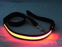 Wholesale Nylon flexible running dog hauling cable leads led glow dog leashes cm length light flash dog traction rope