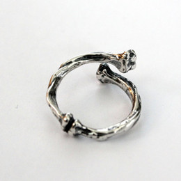 Hot Sale Ancient Silver plated bone adjustable ring white cover bone rings of men and women